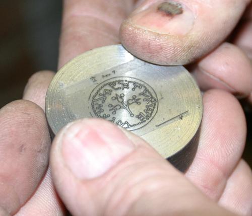 Изготовление монеты в домашних условиях 428